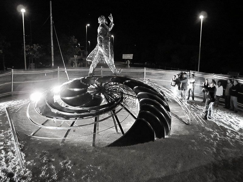 Figurative Sculptures Welded from Steel Scraps by Jordi Diez Fernandez