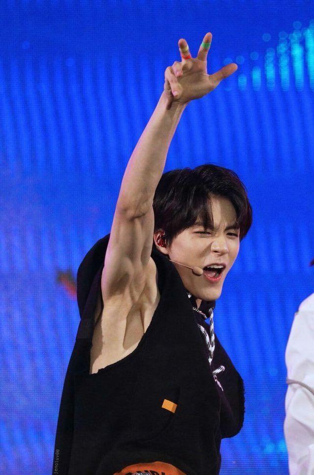 Does Jeno Shave His Armpits Nct Otot Perut Selebritas