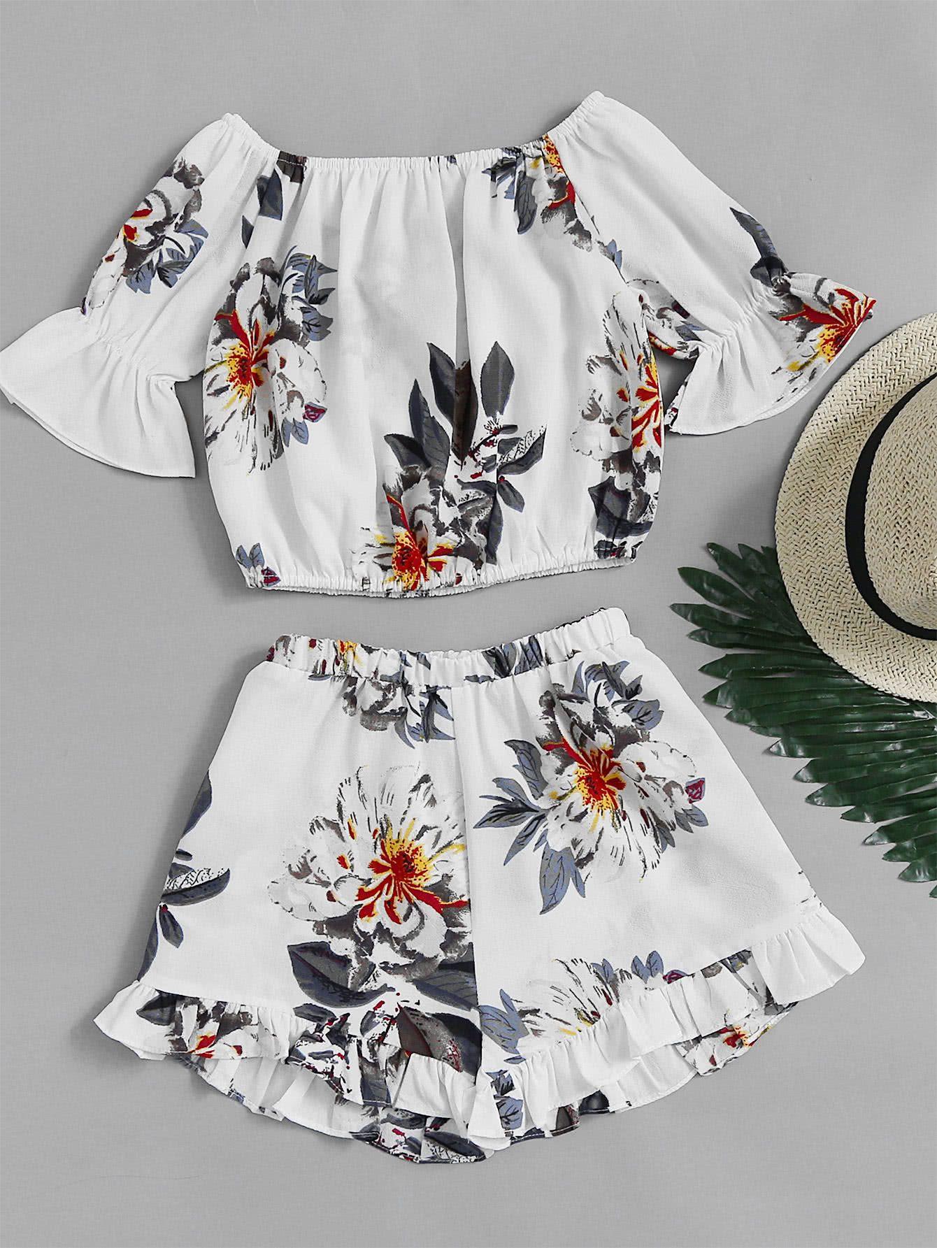 bfa1b23a3f Bardot Florals Crop Top With Frill Hem Shorts -SheIn(Sheinside ...