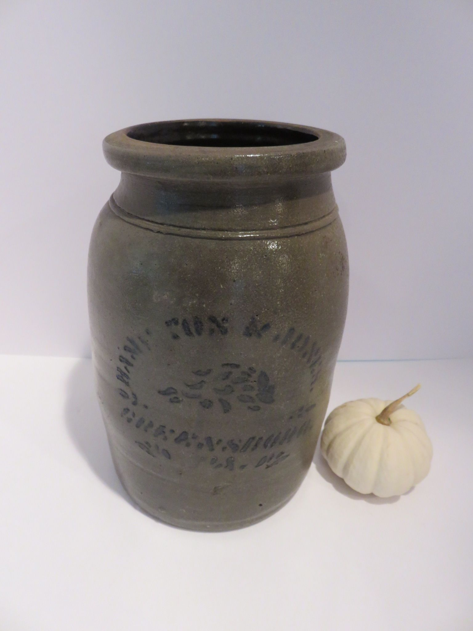 Ebay: Antique Hamilton & Jones preserves crock with cobalt stencil