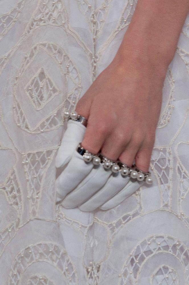 Alexander McQueen AW13/14 Pearl Gloves PFW