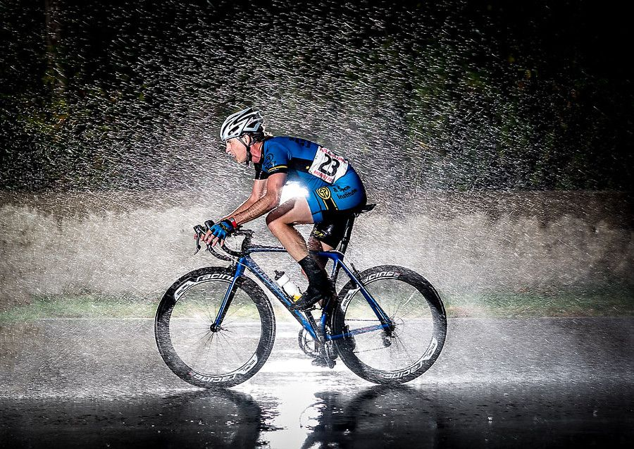 Cycling In The Rain Cycling Pictures Beautiful Bike Bicycle