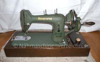 Husqvarna Geradestich-Nähmaschine, Flachbett mit Handkurbel Hersteller: Husqvarna Viking, Schweden (Bilder: I. Weinert)