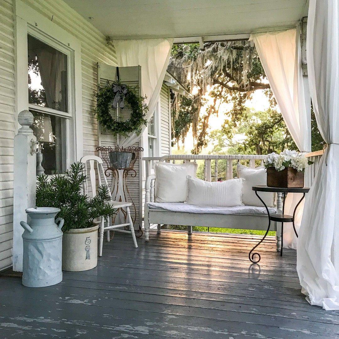 35 DIY Patio and Porch Decor Ideas #smallporchdecorating