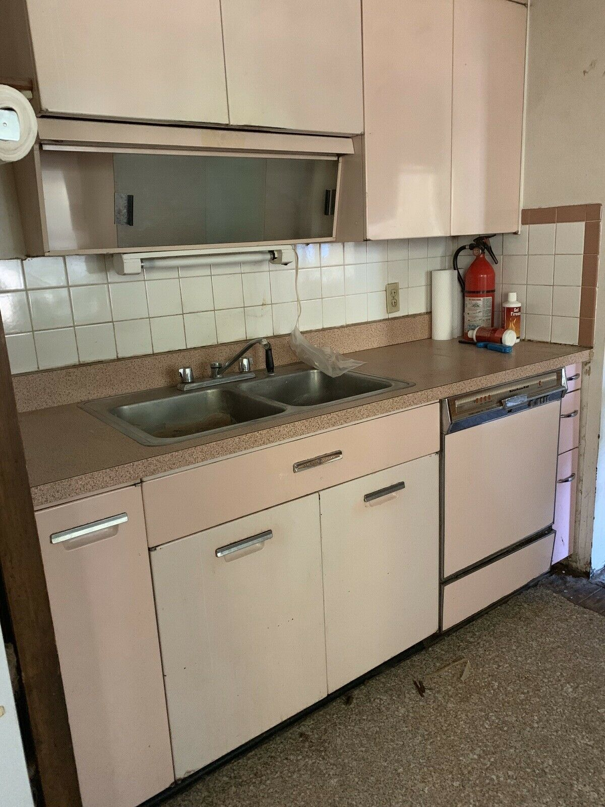 G E Vintage Metal Kitchen Cabinets Pink Retro Kitchen Cabinets Ideas Of Kitchen Cabin Buy Kitchen Cabinets Online Metal Kitchen Cabinets Kitchen Cabinets