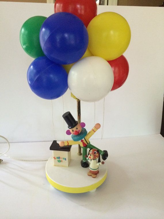 Vintage 1970s Dolly Toy Company Clown Balloon Vendor Lamp