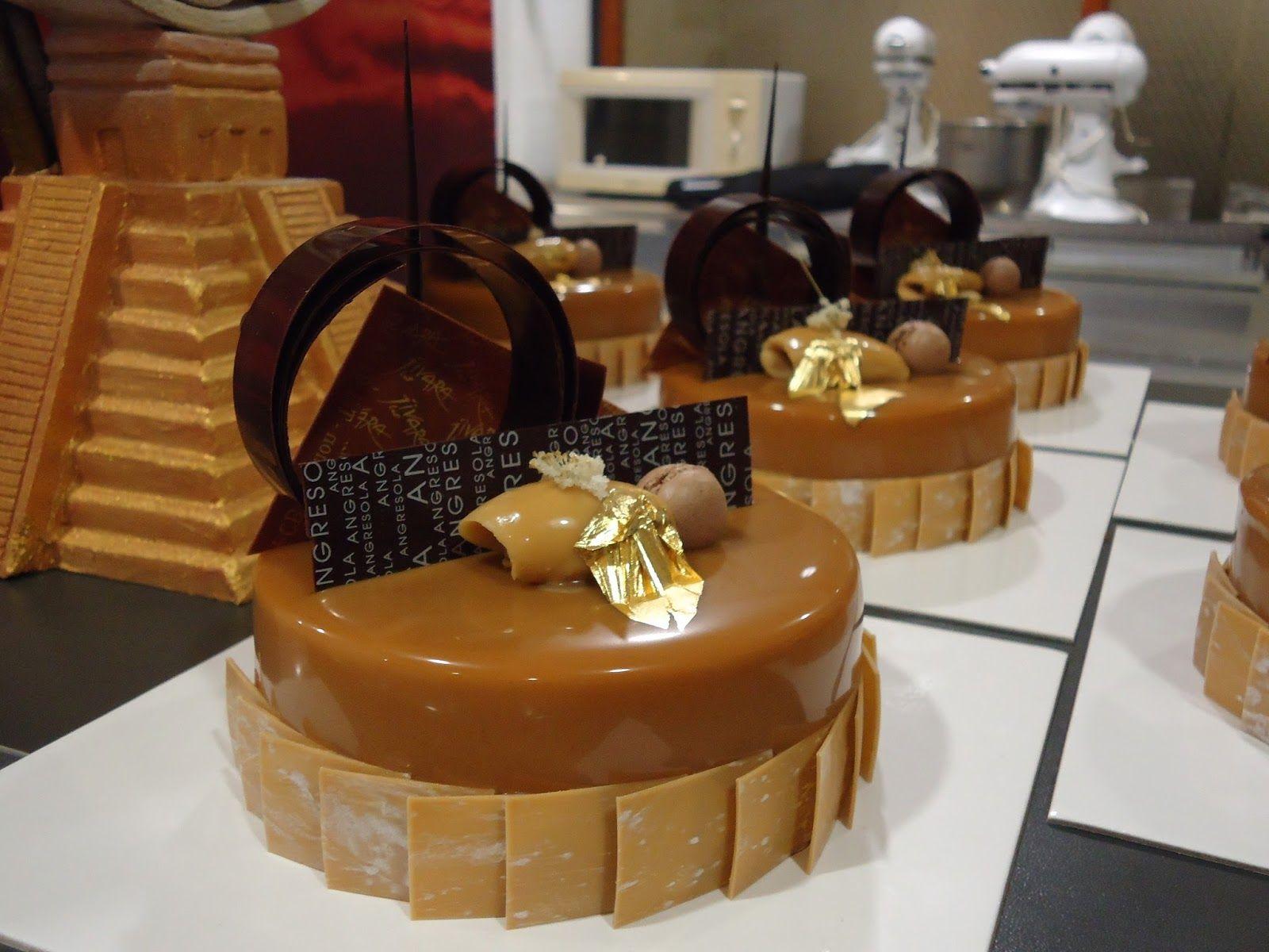 Candy pistachio cocoa cake pistachio brioche brioche - Mousse decoration ...