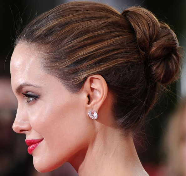 Love the highlights through her classic updo.