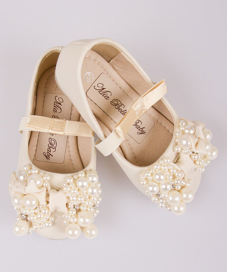 Loving this Mia Belle Baby Creme Pearl Bow Ballet Flat on #zulily! #zulilyfinds
