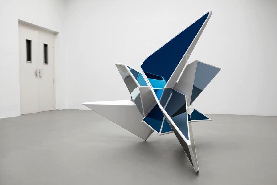 Recto / Frédéric Plateus / Phantom Laboratories Sculpture / Graffiti