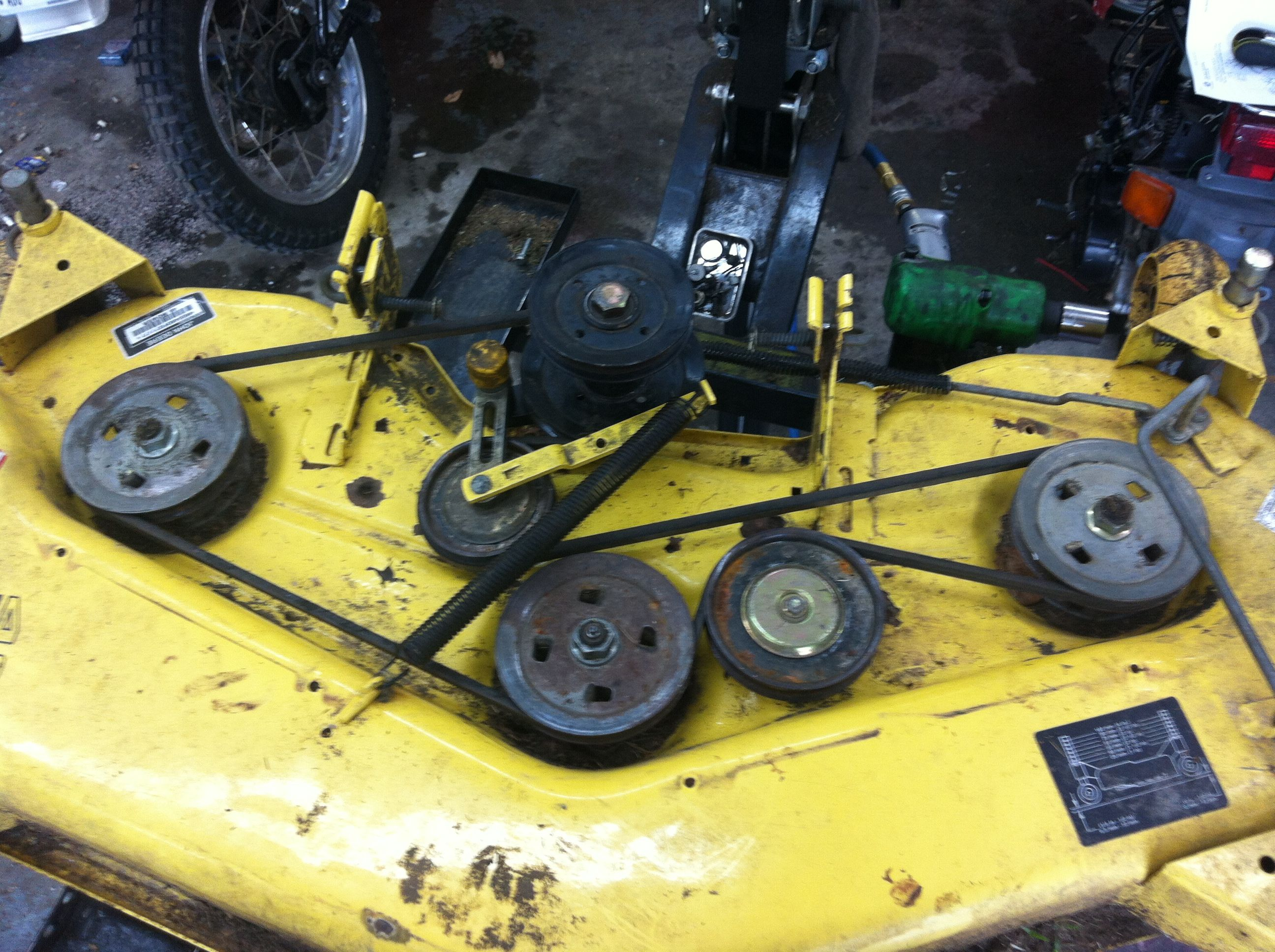 small resolution of john deere 245 belt diagram for mower deck here is a picture showing the correct
