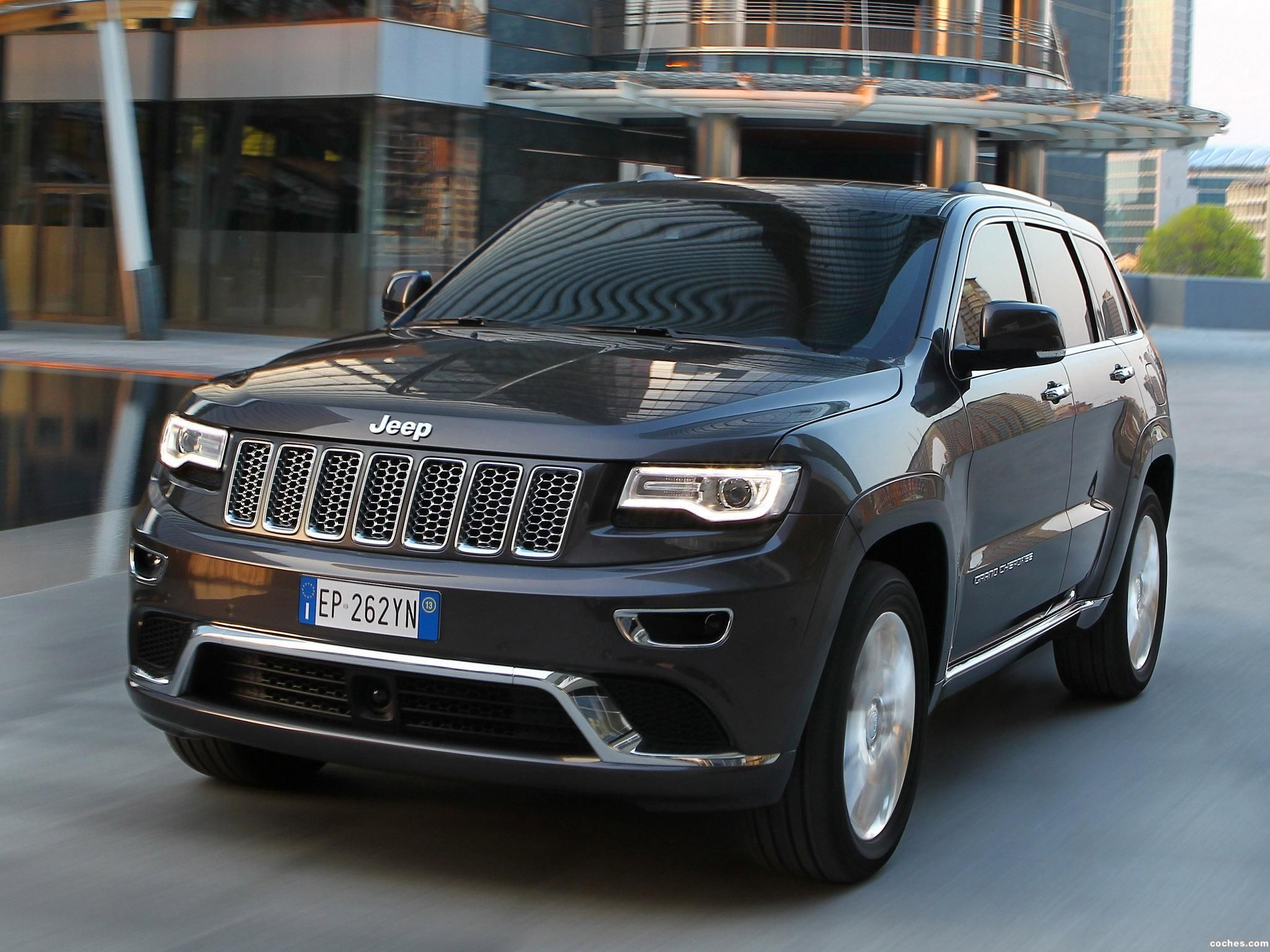 Jeep Grand Cherokee Summit Europe 2013