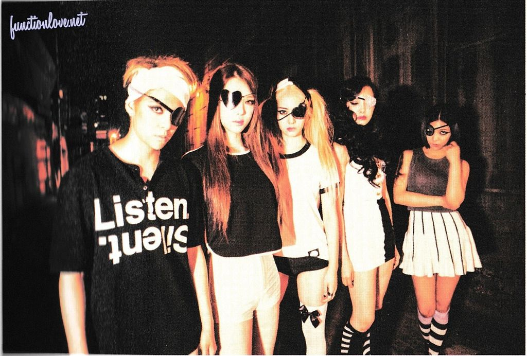 f(♥) Exclusives – [HQ SCANS+DL] f(x) The 3rd Album 'Red ... F(x) Amber Red Light Live