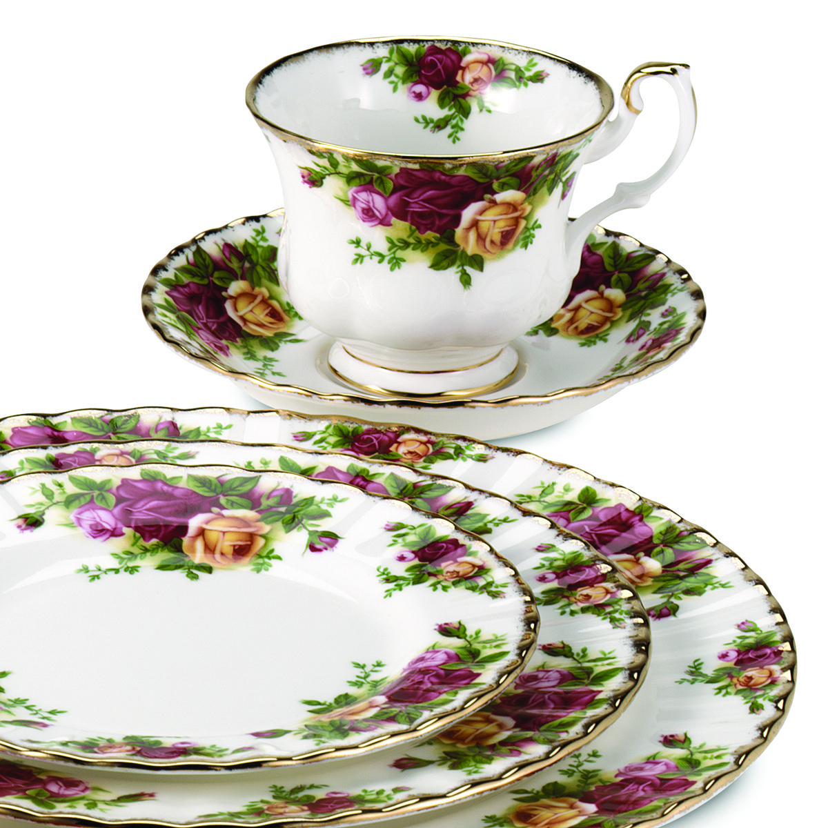 Legendary: the classic Royal Albert rose pattern. #Dishes #China.