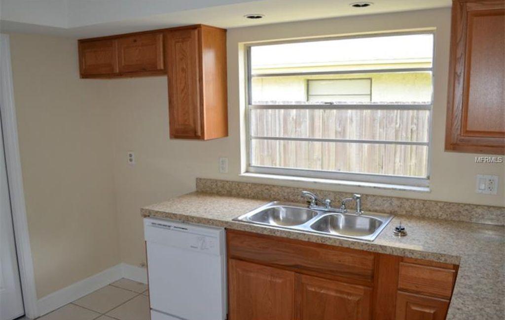 821 Tarawood Ln, Valrico, FL 33594 | Zillow | Kitchen ...