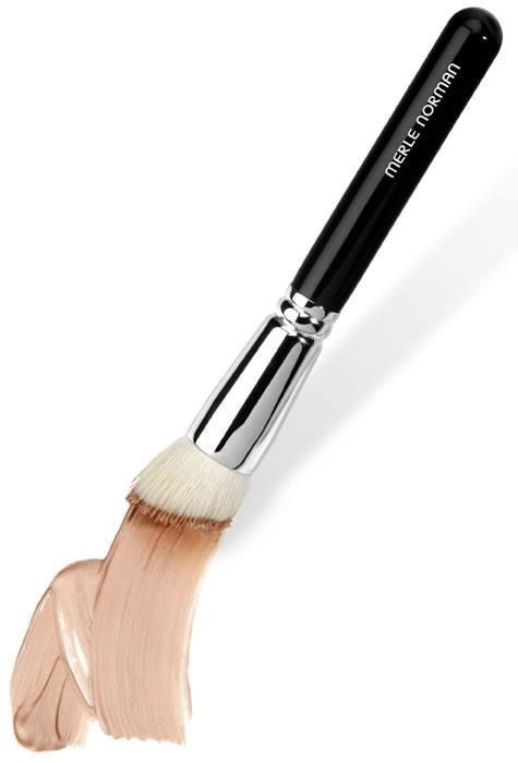 My New Favorite Foundation And Powder Brush Artistry Makeup