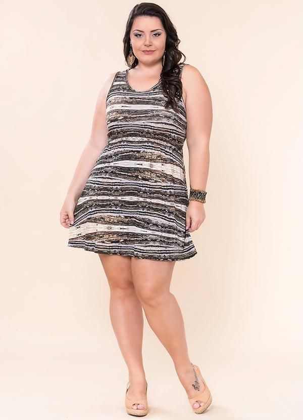 0d79eeb7e Vestido Viscose Estampado (Marrom) Miss Masy Plus | Femmes Chics ...
