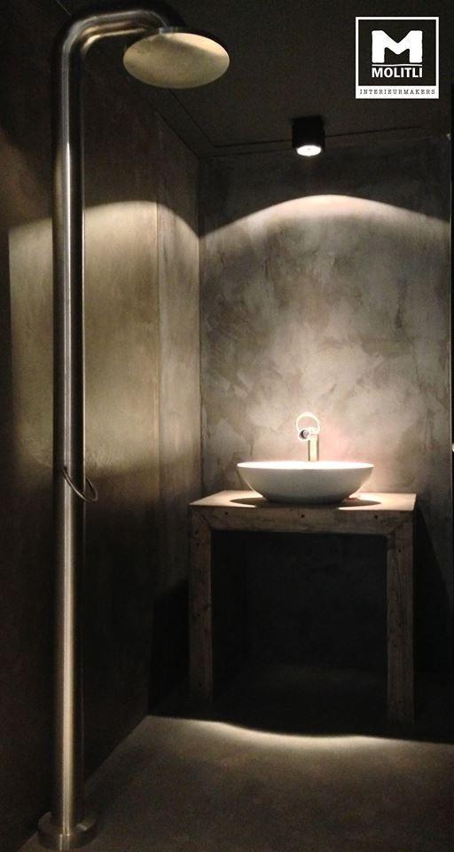 Badkamer @ Showroom Moliti interieurmakers. #concrete #Betonstuc ...