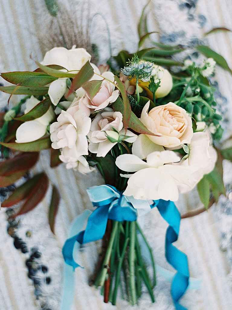 21 stunning wildflower bouquets for the oneofakind