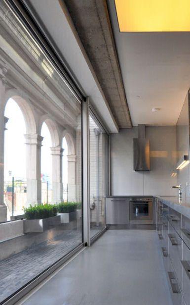 Shoreditch Church: = Glass Wall + Concrete + Height