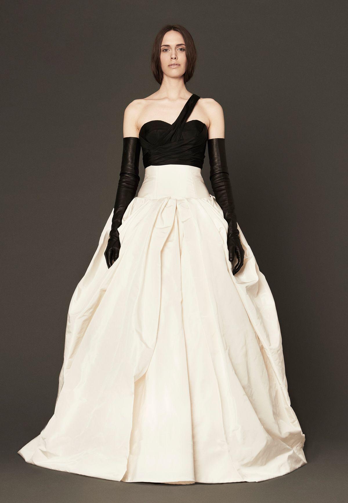 2000s Crinoline inspired wedding dress presented by the Vera Wang ...