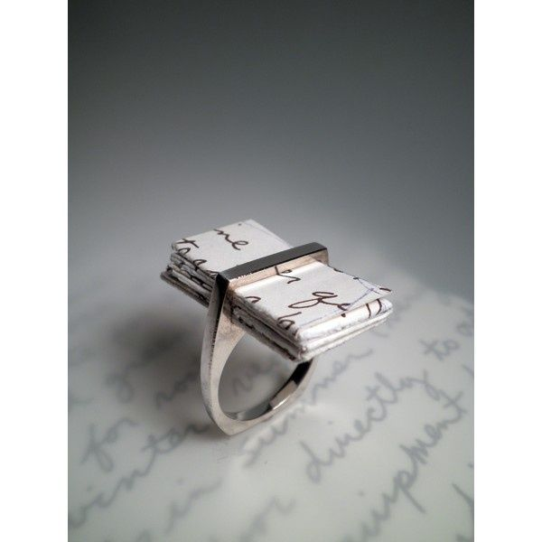Proposal Ring. Great Idea To Remember What To Say.