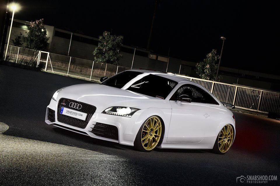Ultraleggera Hlt 20 On Audi Ttrs Ozracing Itech Ultraleggera Hlt Rim Wheel Audi Tt Rs Audi Tt Audi