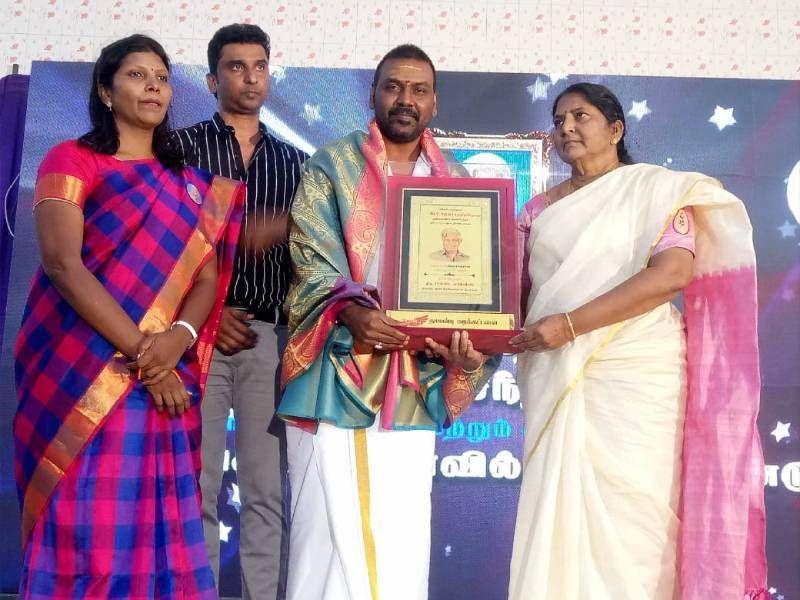 நடிகர் லாரன்ஸுக்கு 5 ரூபாய் டாக்டர் விருது