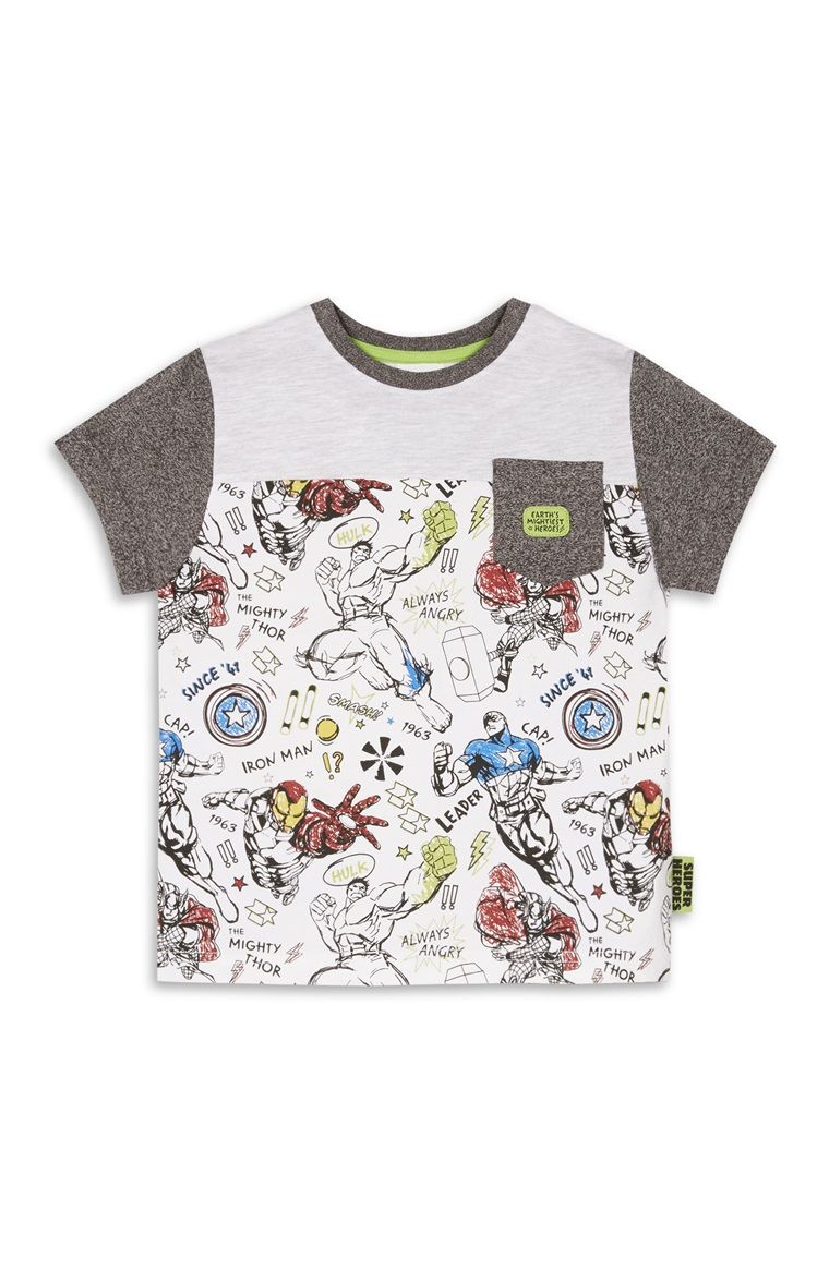 Boys STAR WARS T-SHIRT OFFICIAL LICENSED PRIMARK 5//6 /& 6//7 years