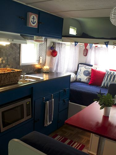 Before and after vintage camper makeover pinterest for Wohnmobil innendesign