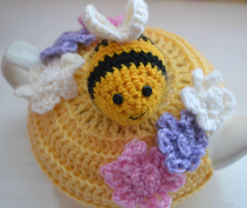 Bumble Bee Tea Cosy and Teapot | Tea Cosy | Pinterest | Teewärmer