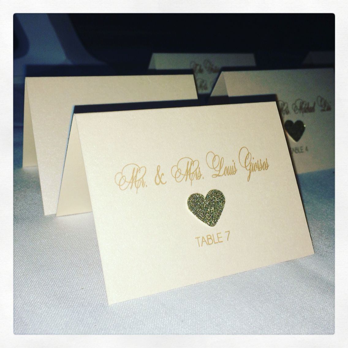 Heart Glitter Placecard! Www.glamorousprinting.com