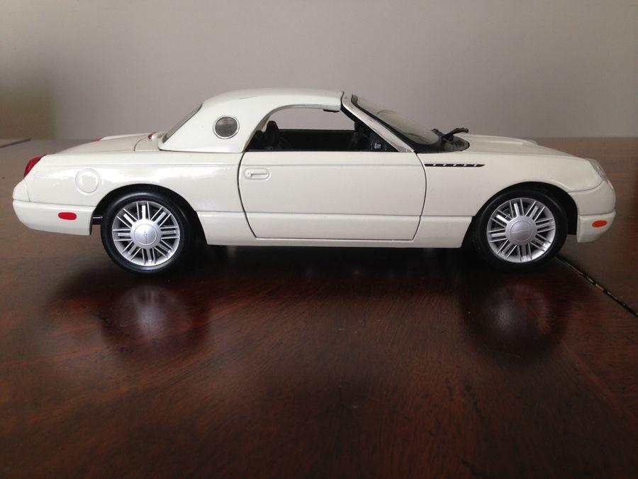 ford model cars 2002