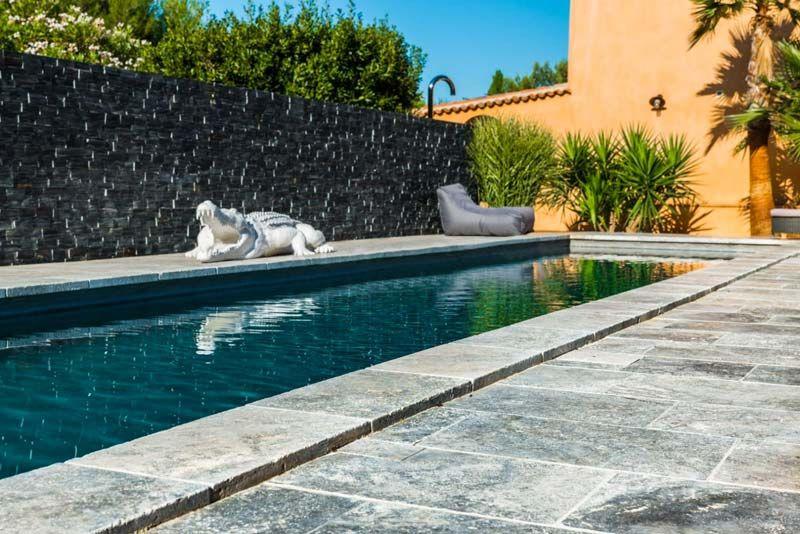 """Résultat de recherche d'images pour """"plage de piscine en pierre naturelle"""""""