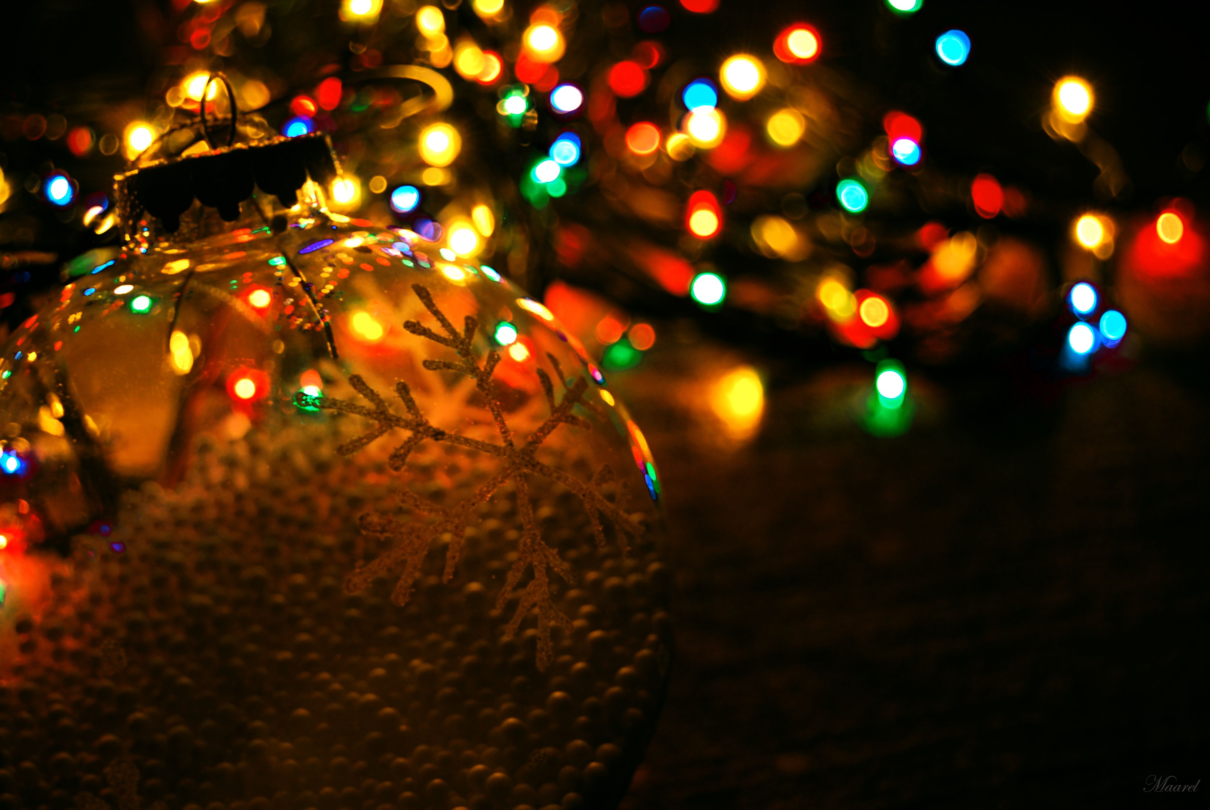 Christmas Wallpapers for iPhones