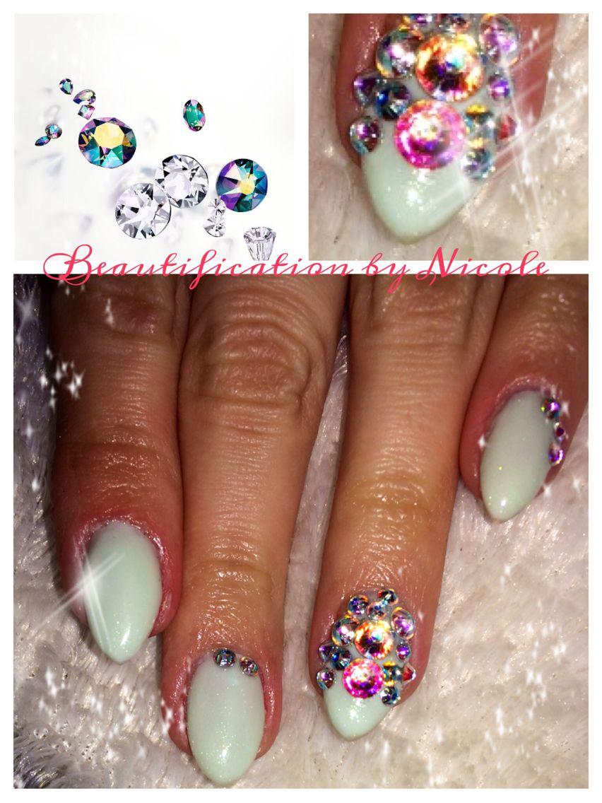 Akzentz almond gel nails with Luxio gel polish and Swarovski ...
