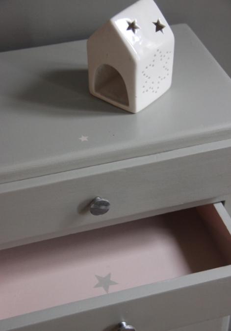 petite belette loisirs creatifs pinterest meubles peints meubles et peindre. Black Bedroom Furniture Sets. Home Design Ideas