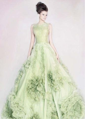The Bride Ideal Garden Wedding Green Wedding Dresses Beautiful Dresses Dresses