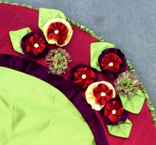 New Kingsbury Home Maroon Pink Green Velvet Satin Xl 52 Christmas Tree Skirt Christmas Tree Skirt Green Velvet Pink And Green