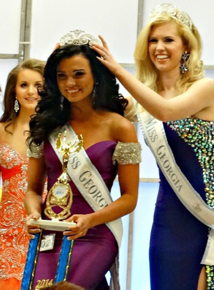 Amm National Miss Kaitlyn Moncrief Crowns Savannah As The