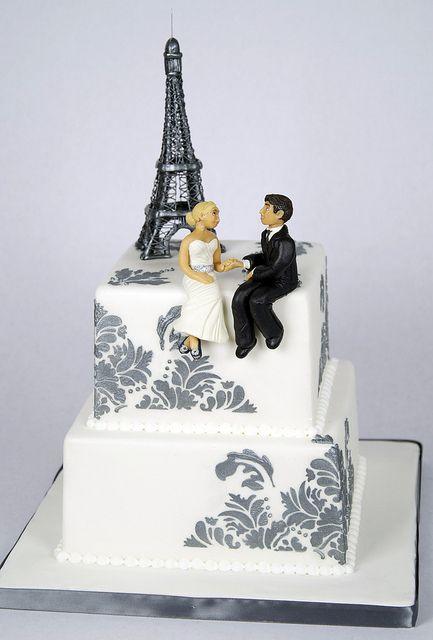 white-silver-eiffel-tower-wedding-cake-toronto by www ...
