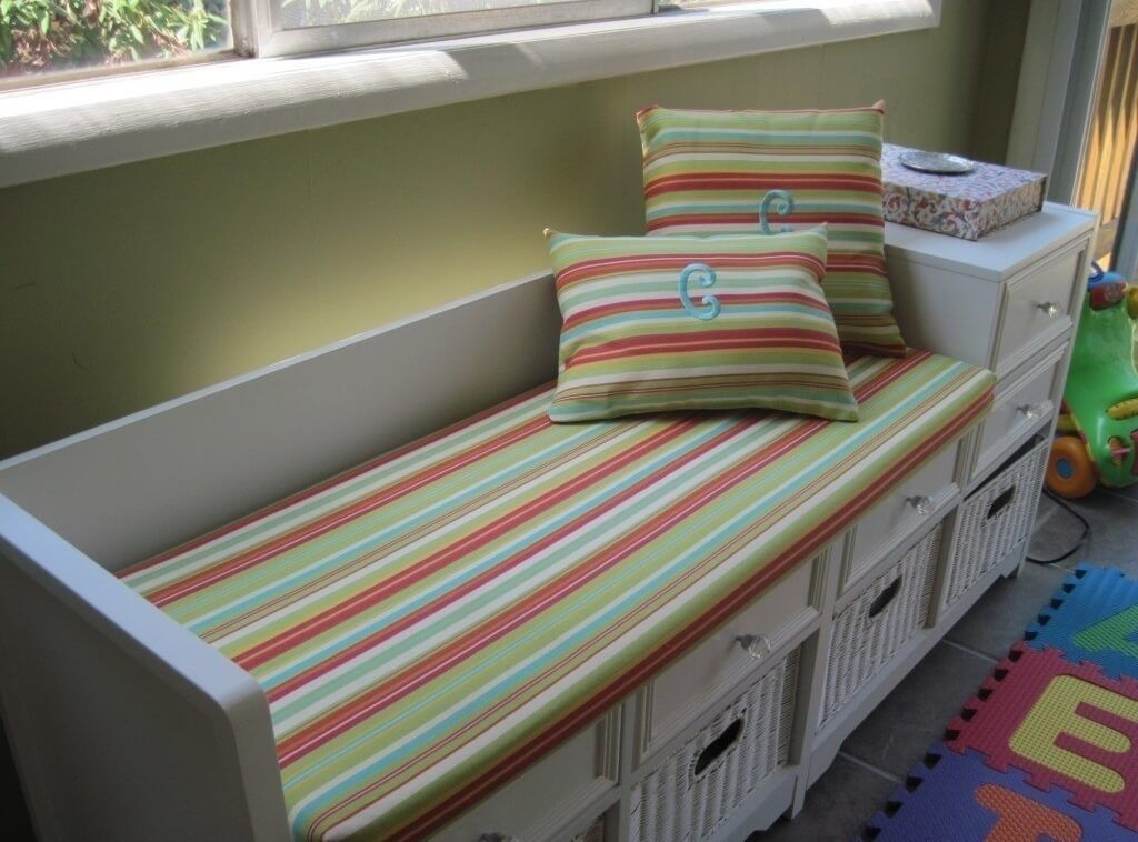 cool-striped-indoor-bench-cushion-with-2-pillows-indoor-bench ...