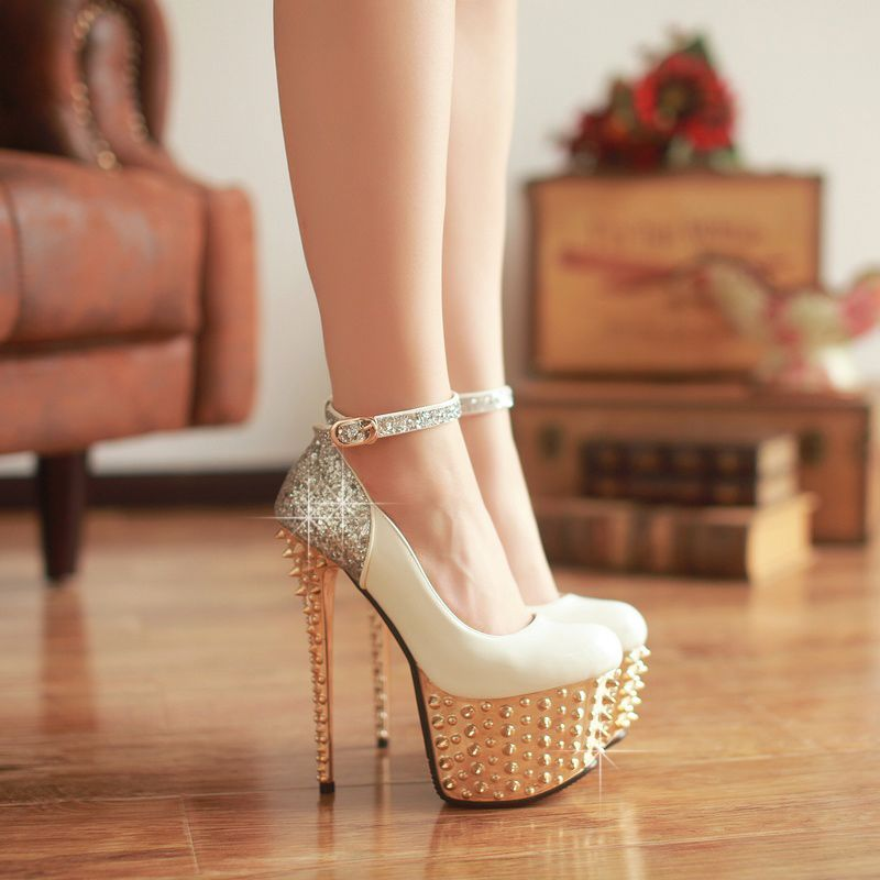 Decorated stripper shoes
