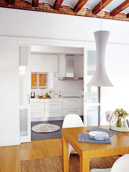 Puertas con estilo para tu casa interiores modern for Puertas correderas comedor