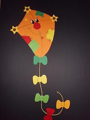 Fensterbild Lustiger Drache Orange Tonkarton Sommer Herbst Deco Kinder Fensterbilder Herbst Basteln Mit Kindern Fensterbilder Herbst Kindergarten Herbst Deco