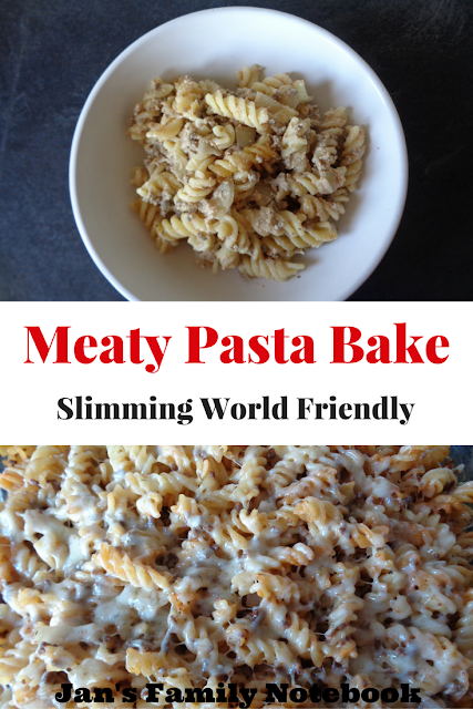 Meaty Pasta Bake Recipe (Slimming World Friendly)