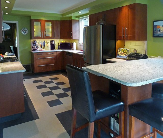 Green Brown Kitchen Ideas: Kitchen, Brown Cabinets And White