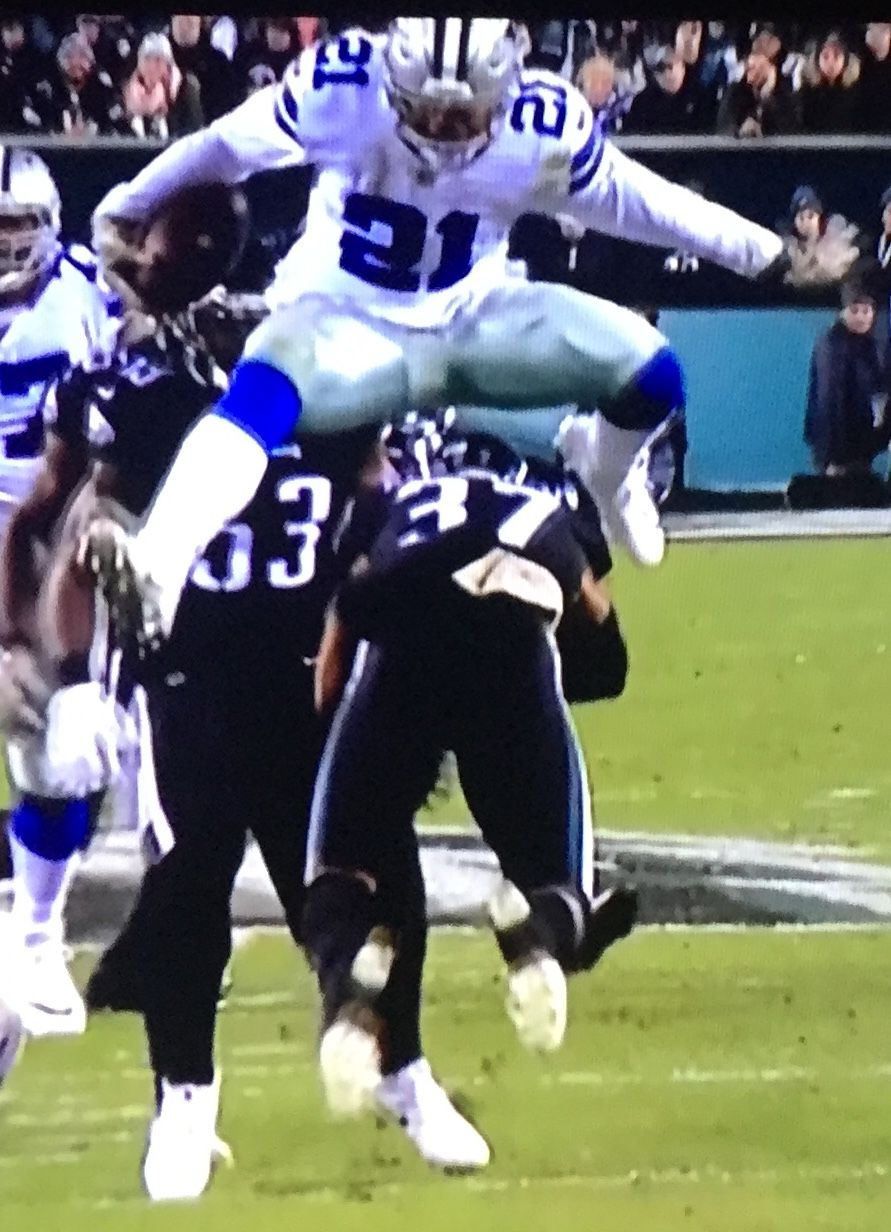 70abd7acb Zeke! Awesome play.. against the Eagles... back In November 2018 ...
