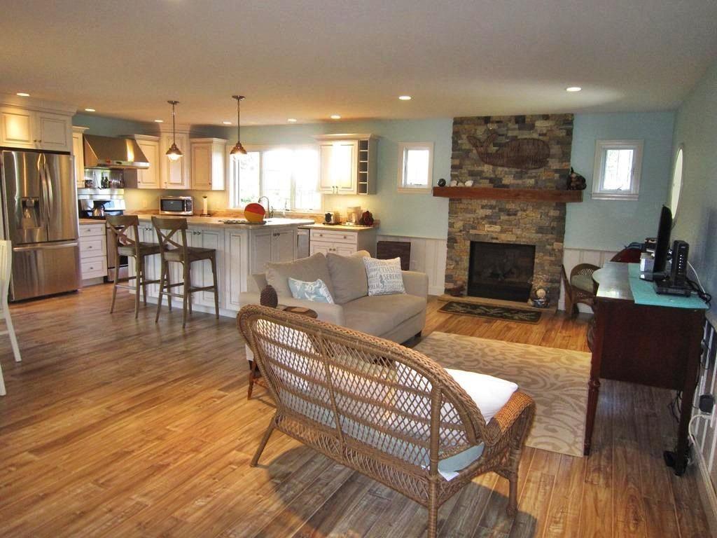 A Wonderfully Spacious Open Floor Plan Beachy Living