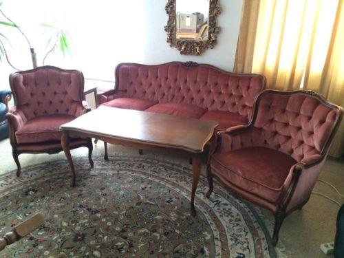 Chippendale Sofa 2 Sessel Tisch1AAA Zustand